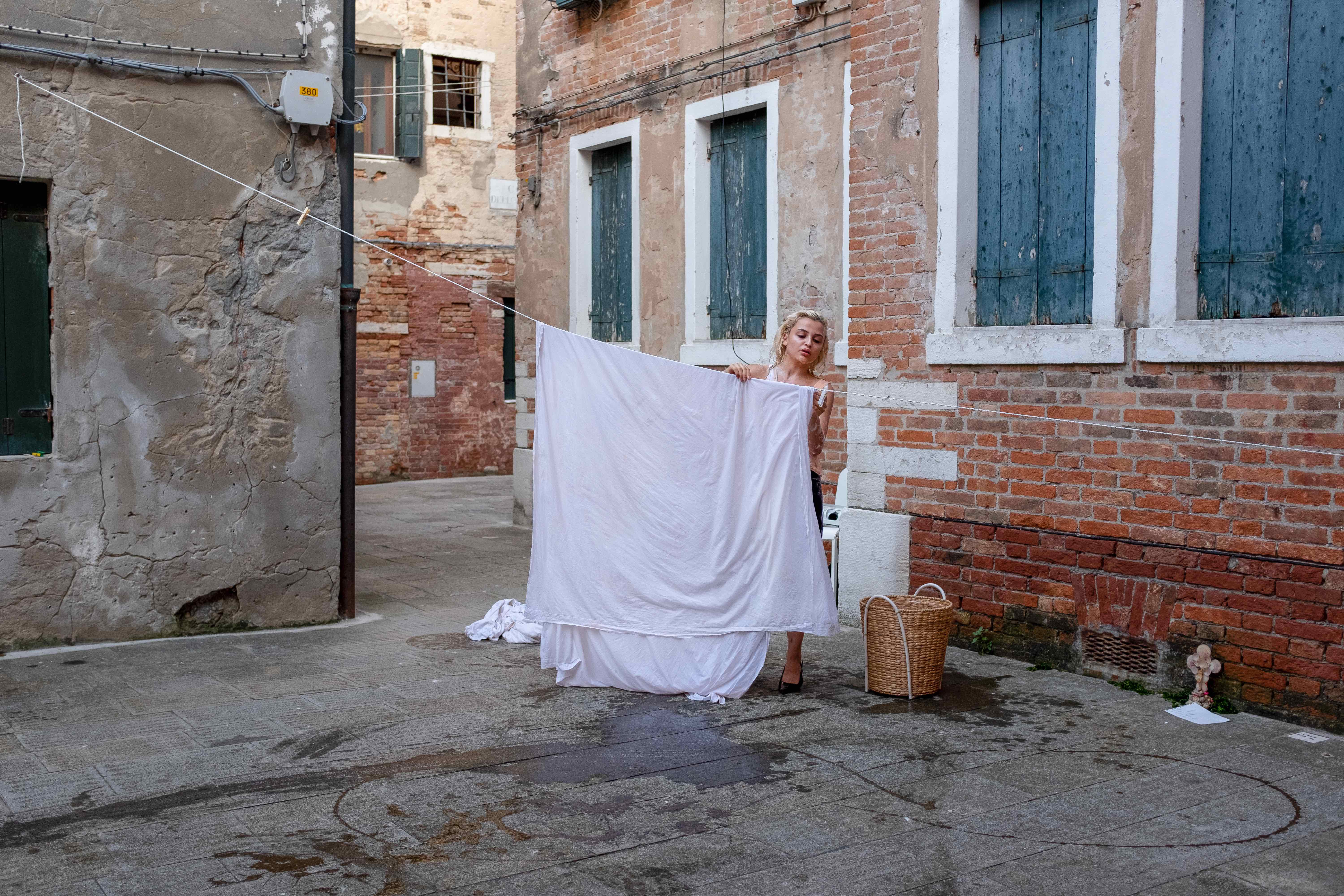 Rima Zamzam, Clean Shits, documentation of performance (approximately 40 minutes), 01st of August 2019, Venice