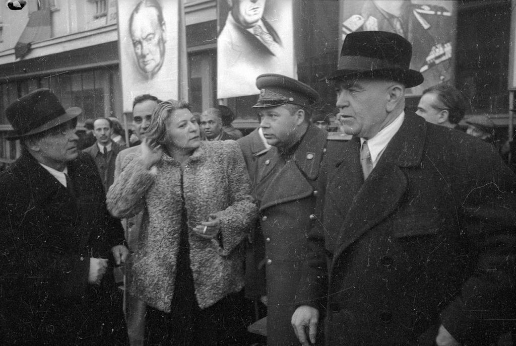 Члены нового правительства Румынии, 1945 год