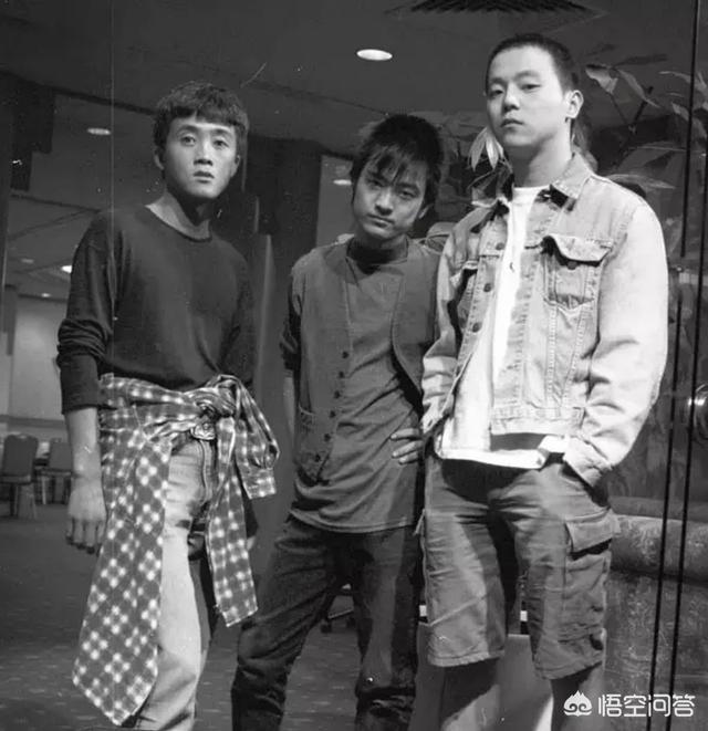 «Три корифея Мо Янь». Слева направо: Чжан Чу, Хэ Юн, Доу Вэй