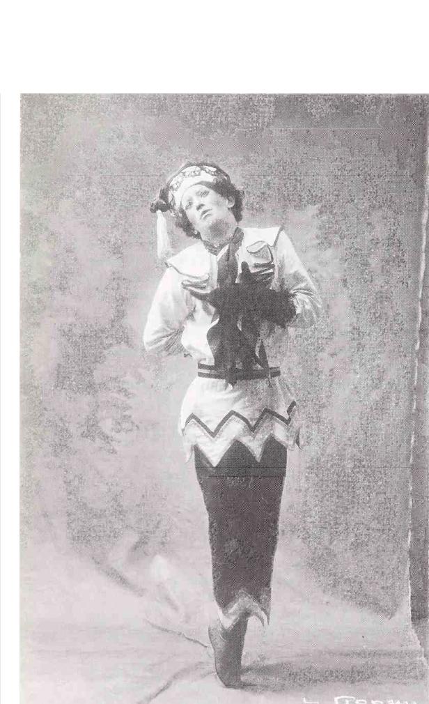Вацлав Нижинский в работе Михаила Фокина «Петрушка» 1911 год