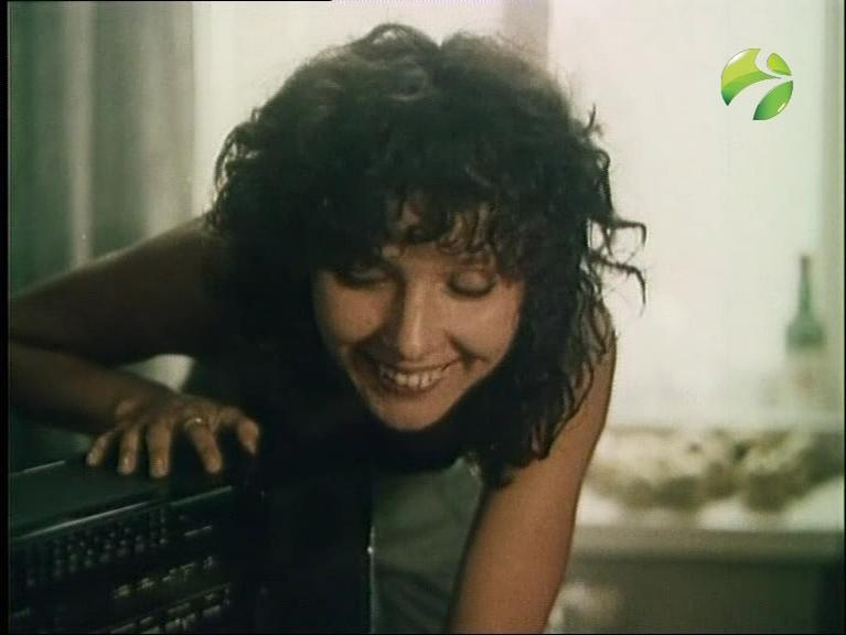 Елена Величко в фильме«Ленинград. Ноябрь» (1990)