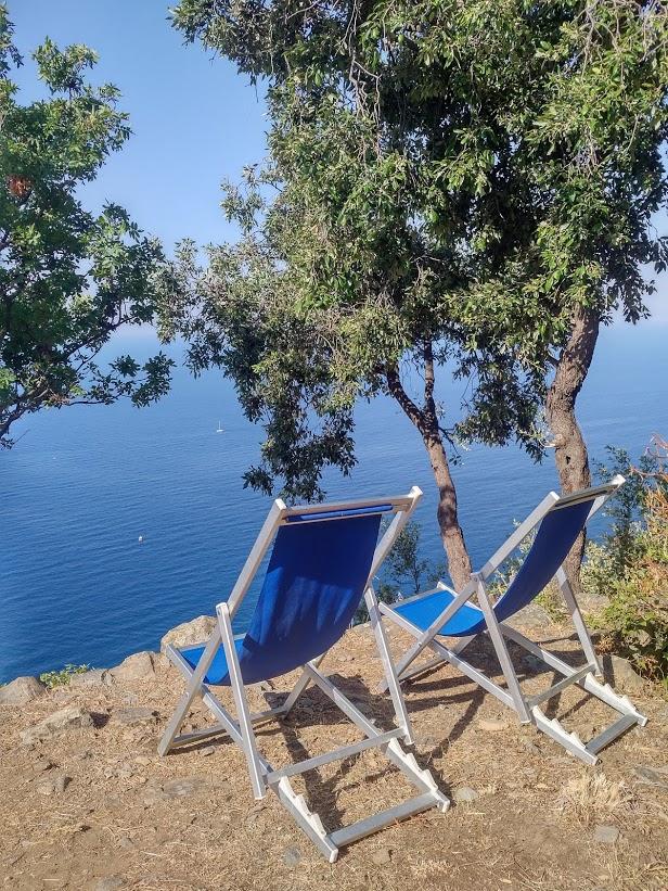 Фото из личного архива, прогулка на пляж Spiaggia del Persico в регионе Чинкве-Терре в Италии, июль 2018