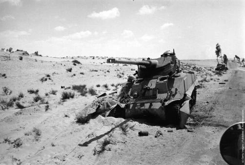 Подбитые египетские танки в Синае