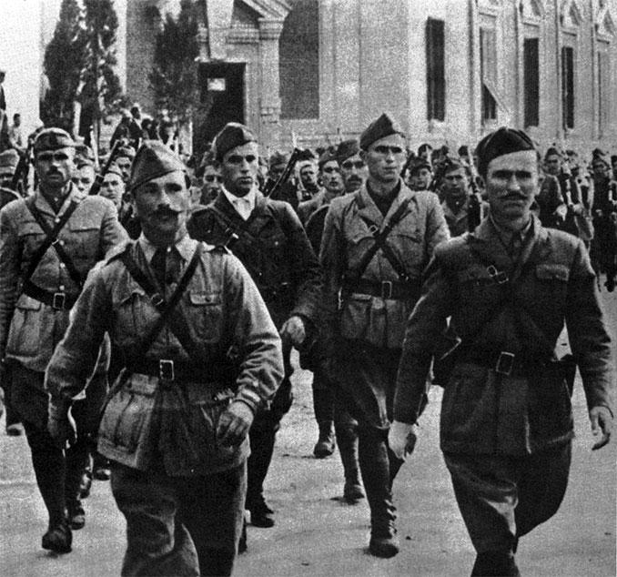 Албанские партизаны-коммунисты, 1944 год