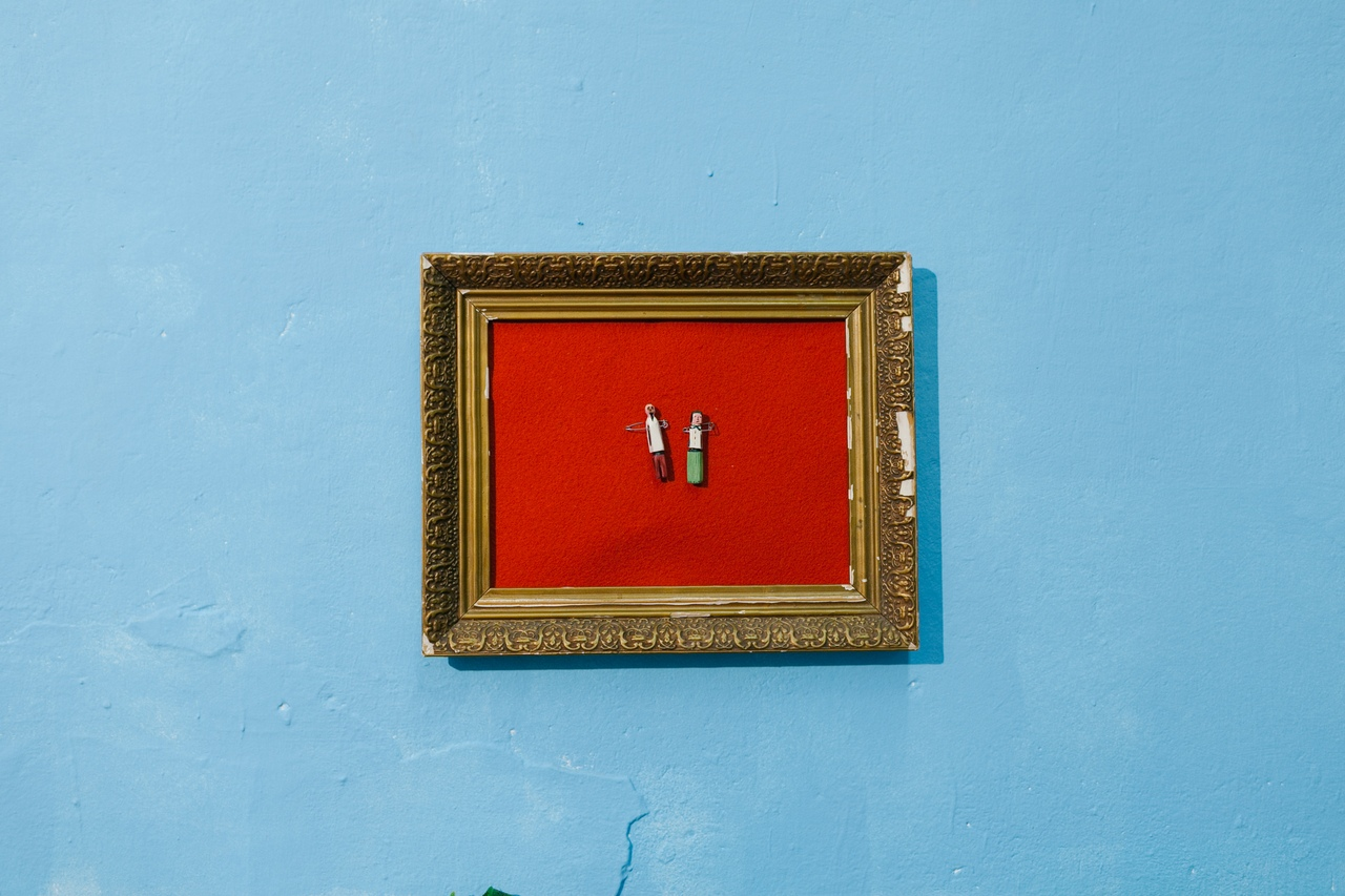 Выставка «После нас», фрагмент тотальной инсталляции «Сад Вольный» Анны и Виталия Черепановых, фото – Аня Марченкова
