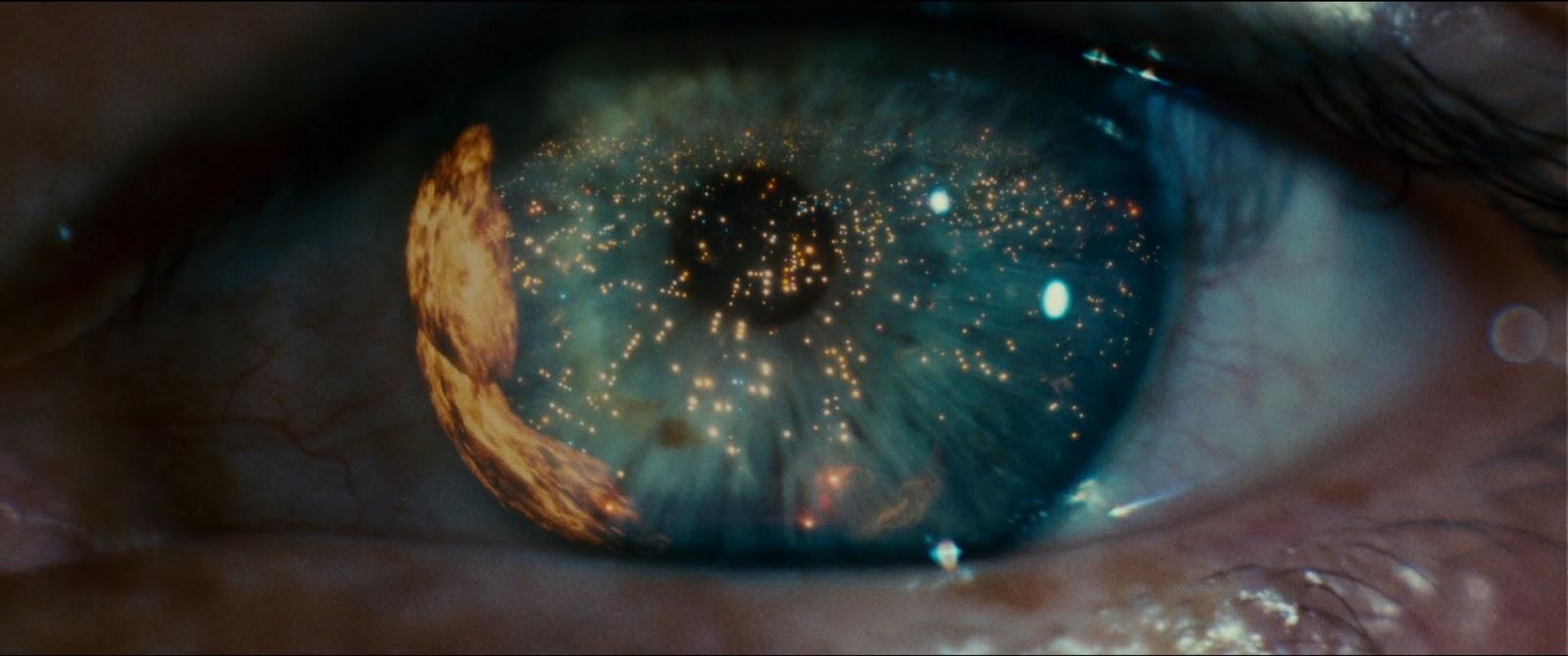 Стоит заметить, что с 70-80х годов глаз становится также одним из популярных образов на кинопостерах