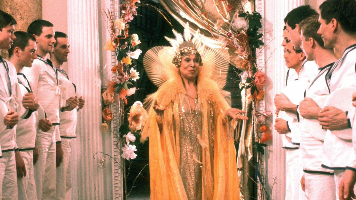 "Кадр из фильма ""Буря"" (1979 год)."