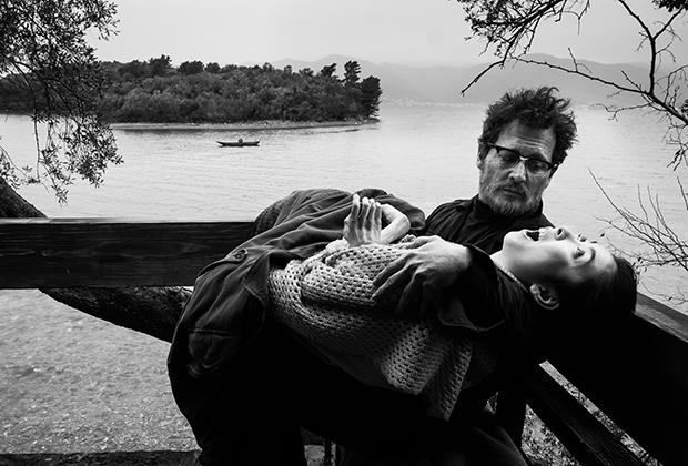 """Кадр из фильма """"Великий"""" - реплика облетевшего весь мир снимка Юджина Смита"""