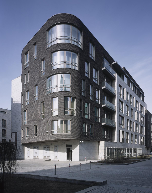 Sergey Skuratov Architects. Жилой комплекс в Бутиковском пер., д. 5, Москва, 2000-2004