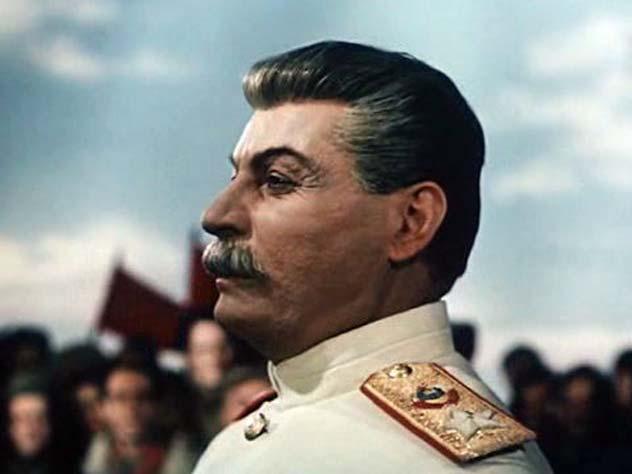 Михаил Геловани в роли Иосифа Сталина в фильме «Падение Берлина» (1950)