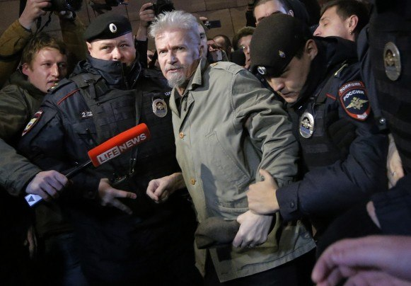 Радикальный политик Эдуард Лимонов
