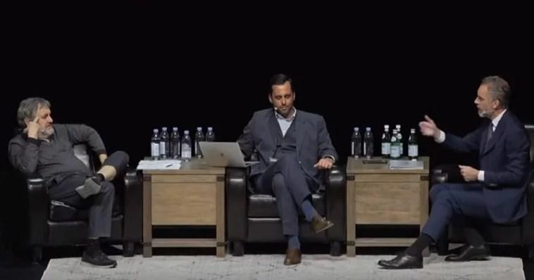 <i>Жижек и Питерсон дебатируют</i>