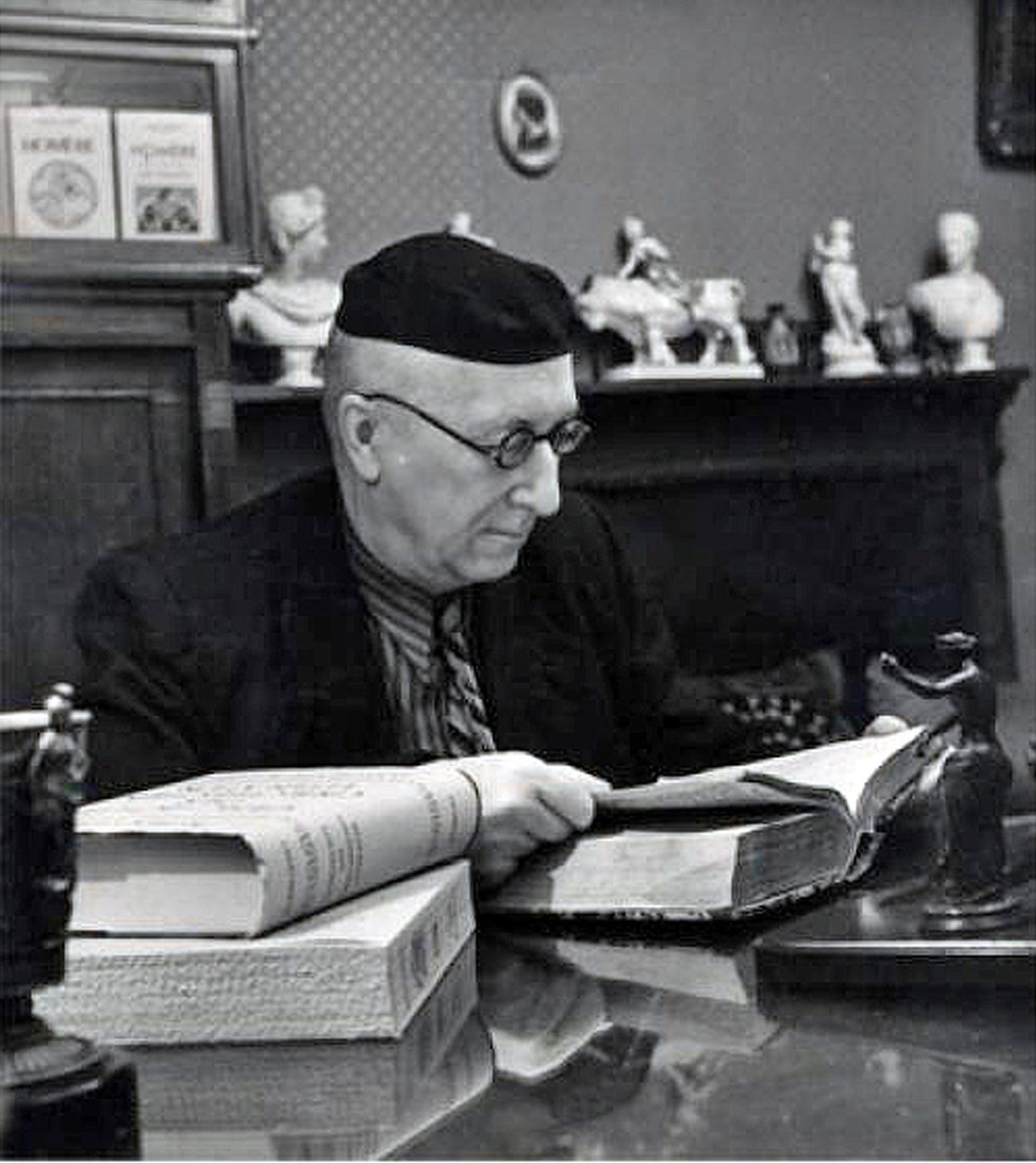 """Алексей Лосев, философ и историк философии, автор книги """"Музыка как предмет логики"""""""