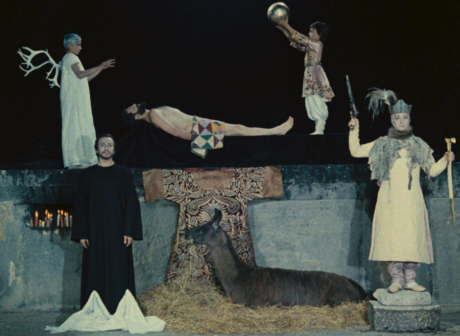 Кадр из фильма«Цвет граната» (режиссёр Сергей Параджанов, 1968)