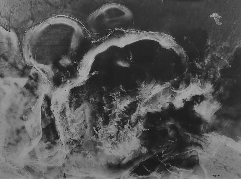Raoul Ubac. Photo révélée, brûlage (série Nébuleuses)