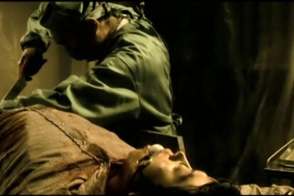 """Кадр из фильма """"Гротеск"""". Взято с сайтаwww.film.ru"""