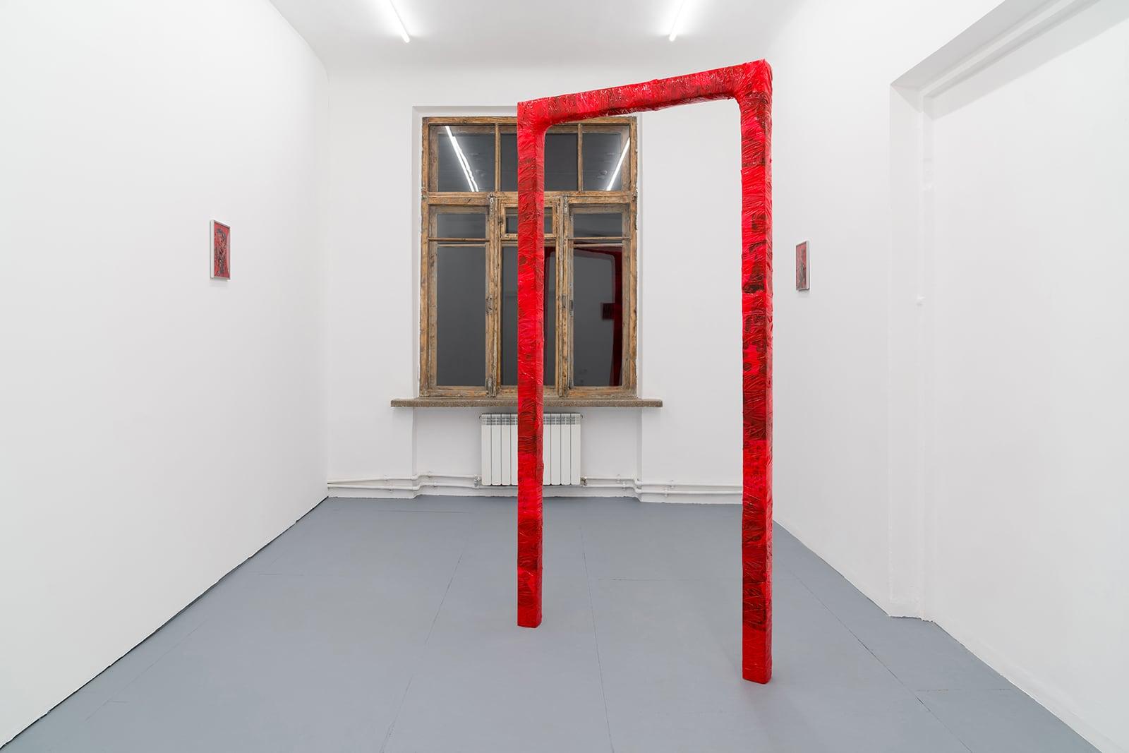 Виталий Безпалов, The Arch, 2021, сольная выставка Quintessence II в Plague Space, Краснодар. Вид экпозиции
