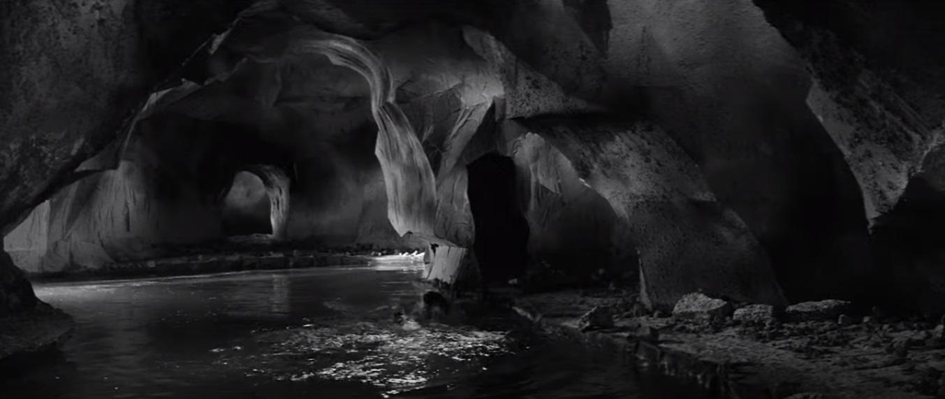 Кадр из фильма «Их знали только в лицо». Пещера в духе Фантомаса или декораций к следующему фильму Тимонишина,«Экспериме