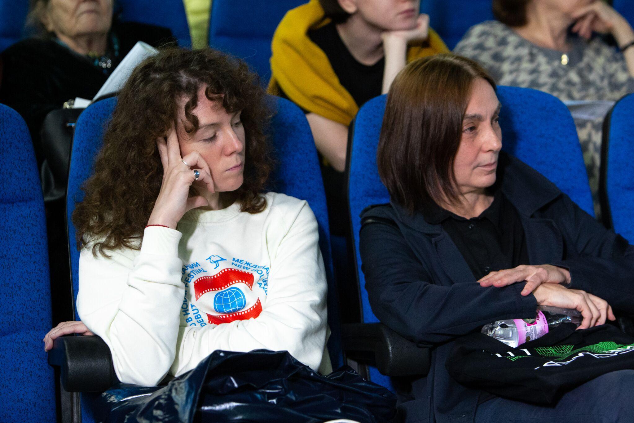 Слева направо: Виктория Рыскина, Алла Митрофанова