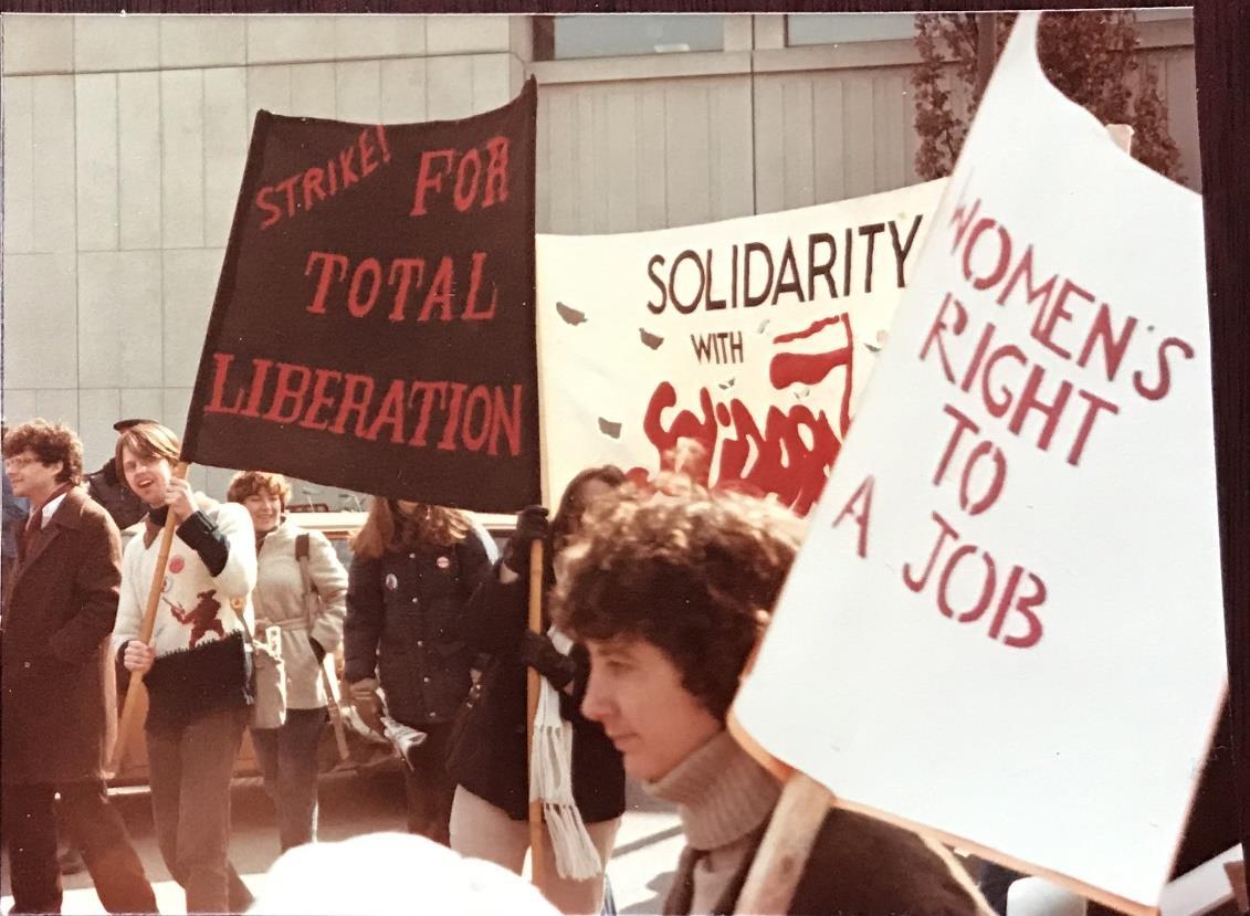 Фото демонстрации из архива Т. Мамоновой