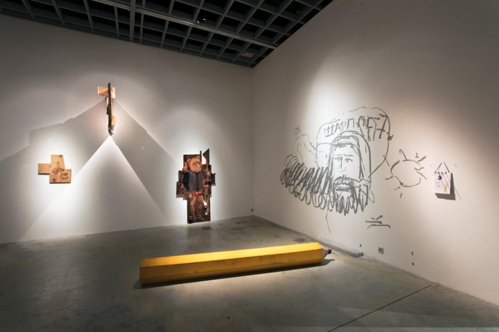 Выставка группы Север-7 «Школа активного рисования и перформативного позирования» (ШАРППС-7), OVCHARENKO Gallery, 2018 //