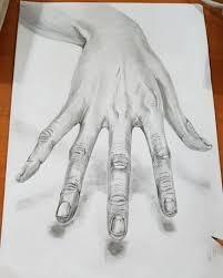 Рисовать руки не легче лиц