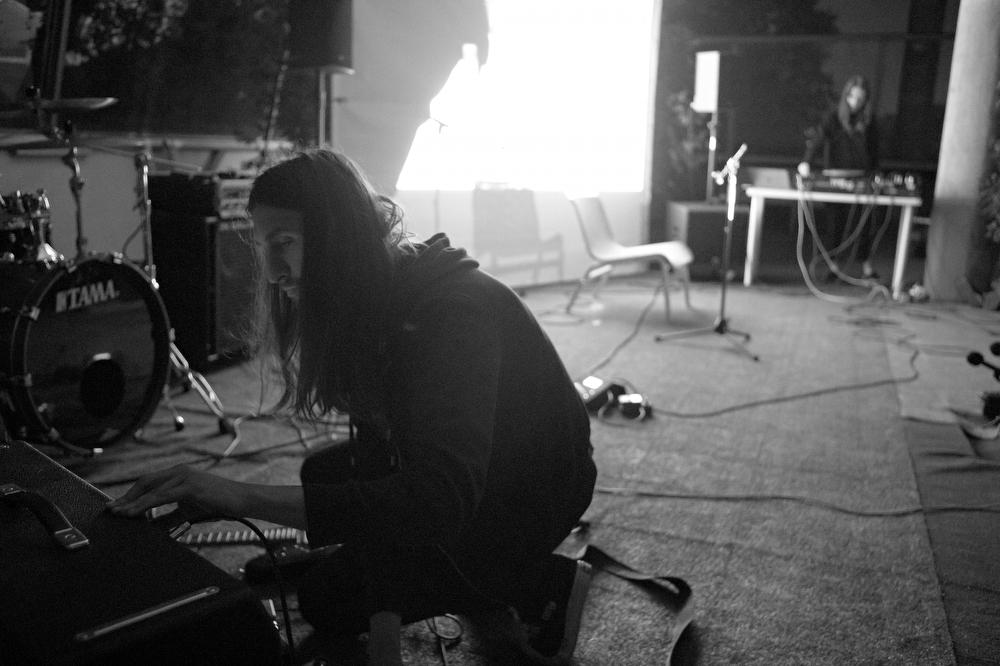 «Гиннунгагап» (Егор Рогалев в соавторстве с саунд-художником Натальей Наумовой и музыкантами Антоном Быковым и Андреем Те