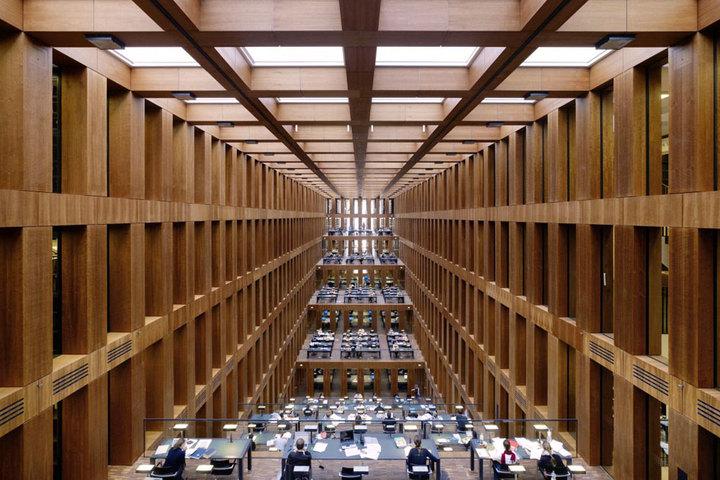 Библиотека берлинского университета Гумбольдта