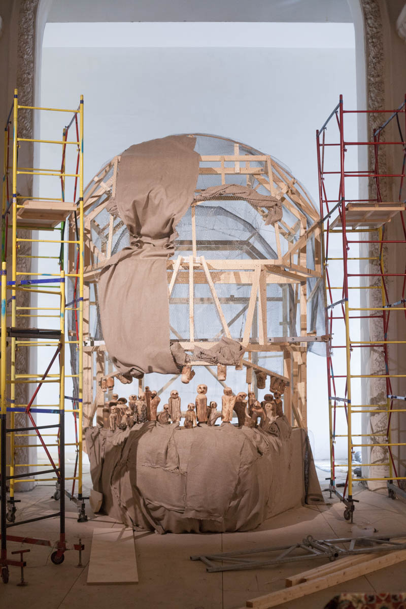 The next work is Els Dietvorst' skull, which she sculptured for 10 days. You can go inside that huge clay skull, and it h