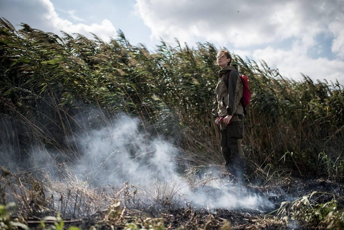 Фото: Алина Десятниченко, из серии «На одной стороне огня». В 2017 году Алина была участницей первого сезона арт-резиденц
