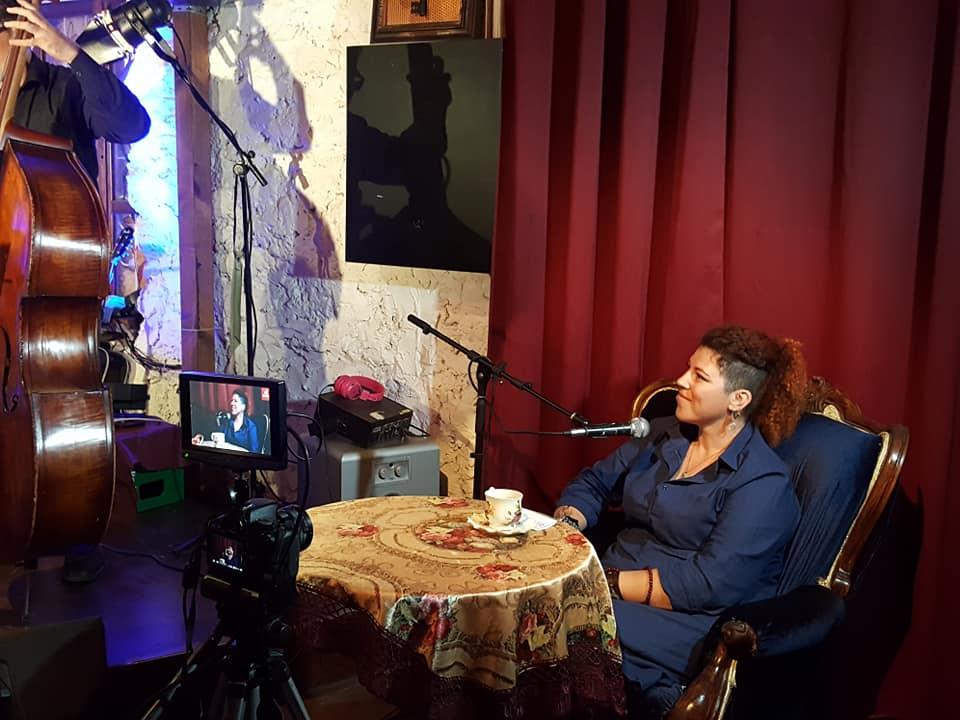 Фотографии с одного из лайф концертов, опубликованные на официальной странице «Bella Ciao» в facebook