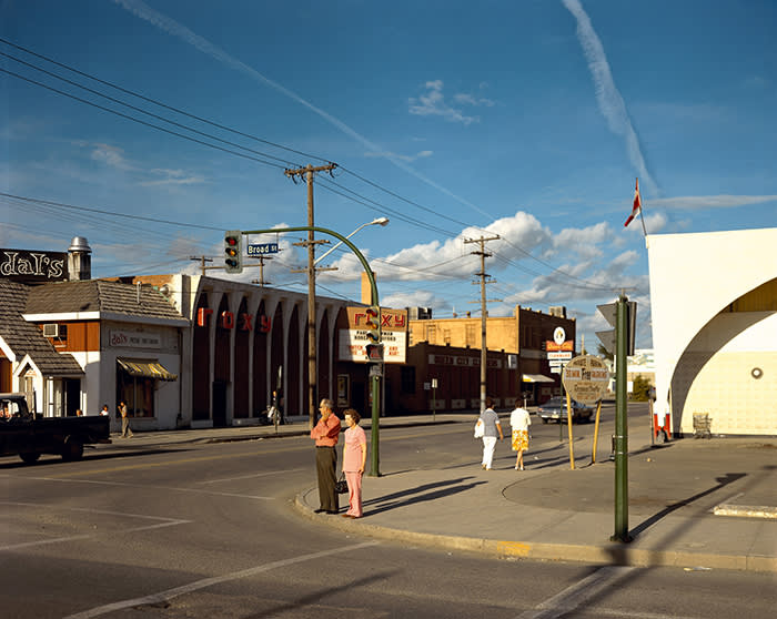 Broad Street, Regina, Saskatchewan, August 17, 1974, 1974 © Stephen Shore, courtesy 303 Gallery, New York