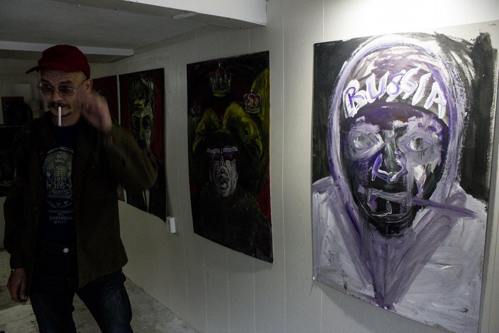 Филипп Крикунов, персональная выставка «Бомонд», сентябрь 2015, гараж, Новосибирск.