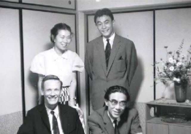 Кристо Коеци с участниками группы Гутай. Осака, 1959 год. Courtesy:https://tinyurl.com/ql9b7nd