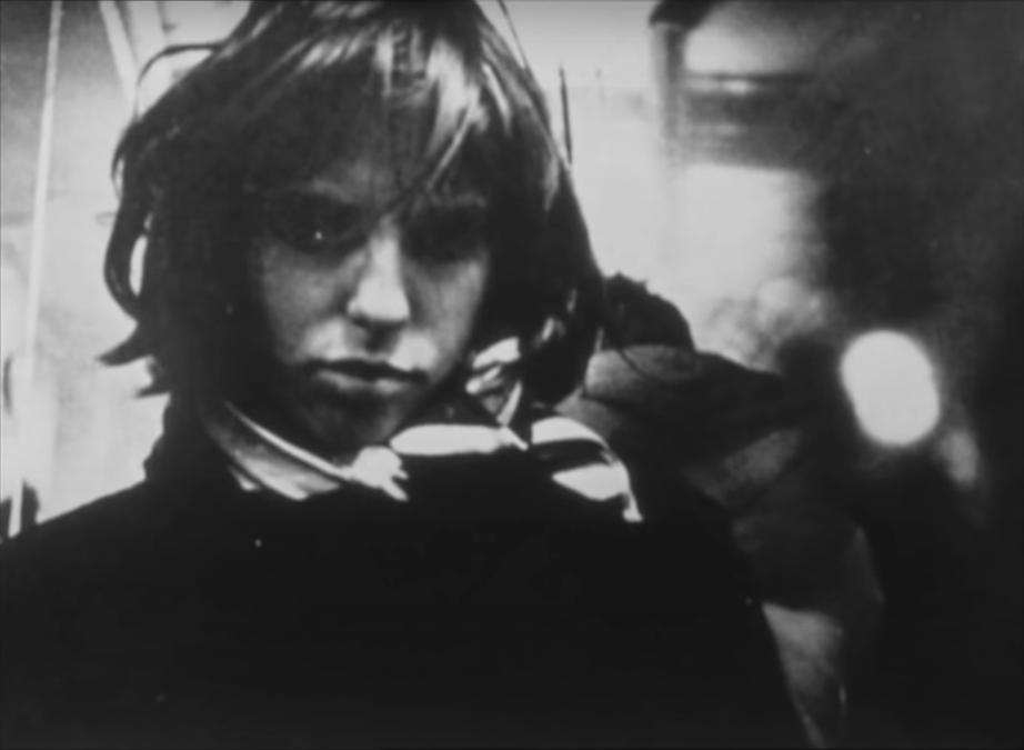Кадр из фильма Ги Дебора «О проходе нескольких человек через довольно краткий момент времени» (1959)