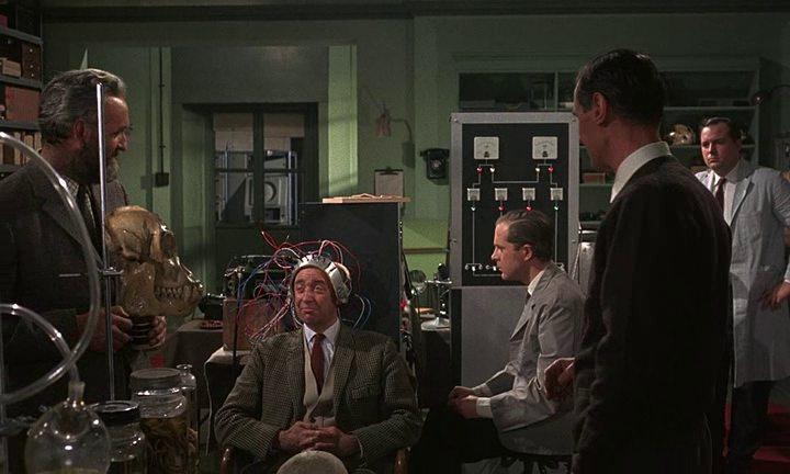 Кадр из «Куотермасс и колодец» (1967)