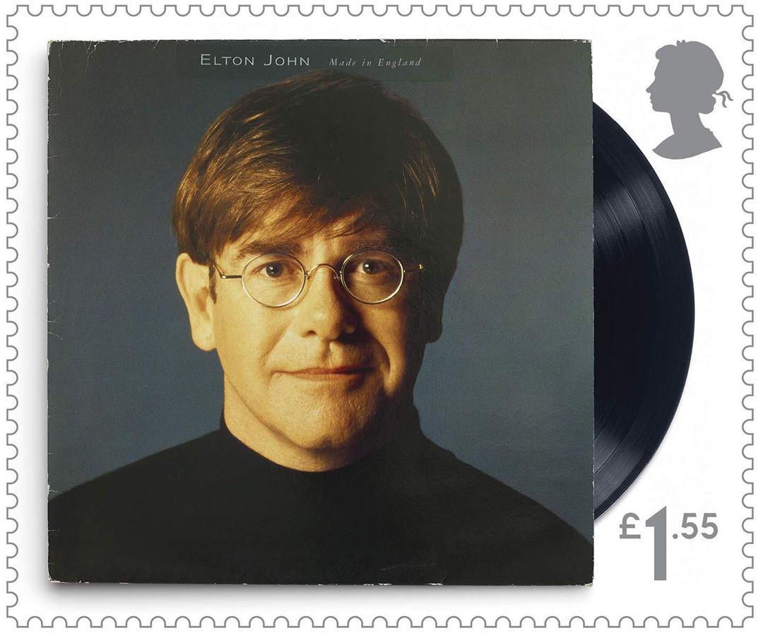 В 2019 году Королевская почта Великобритании представиласерию почтовых марок в честь Элтона Джона. На одной из них изобр