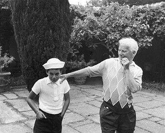 Чарли Чаплин и его сын Майкл Чаплин