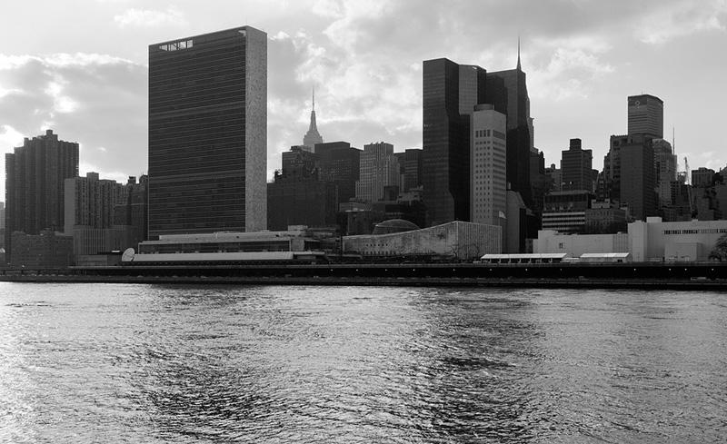 Le Corbusier, United Nations headquarters, New York City, 1947-1952. (Комплекс зданий ООН в Нью-Йорке, спроектированный Л
