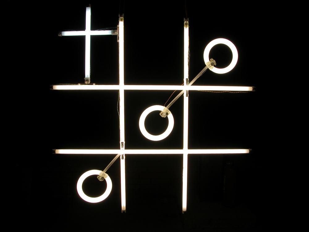 PLAY BEHAVIOR, fluorescent lamps, 120х120сm. 2012