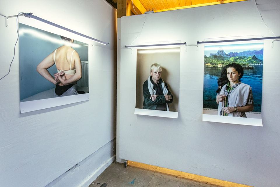 Фрагмент выставки Елены Аносовой «Отделение» в галерее Red Square // Фото: Русь сидящая