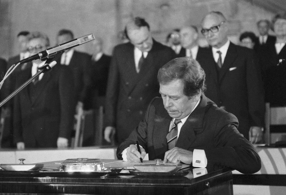 Вацлав Гавел в декабре 1989