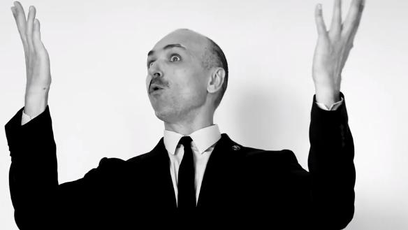 Скриншот из клипа