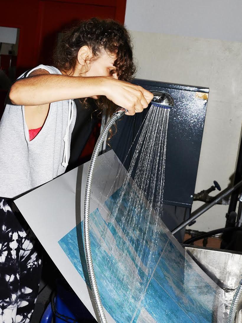 Майя Роша в своей студии