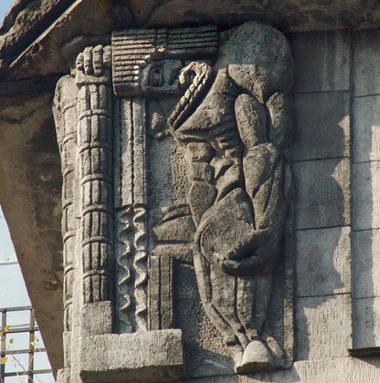 Великаны с камнями в руках строят небесный Асгард
