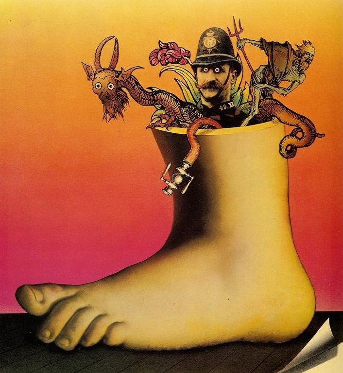 Прославленный скетч«Летающего цирка Монти Пайтона»— массивная нога, затаптывающая название сериала.