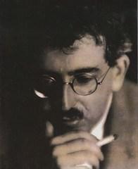 Вальтер Беньямин. Фотография 1927г. (из коллекции Гари Смита)