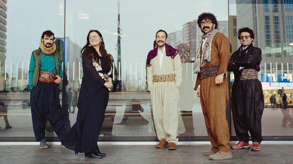 Участники кинокомунны «Рожава» на Роттердамском фестивале