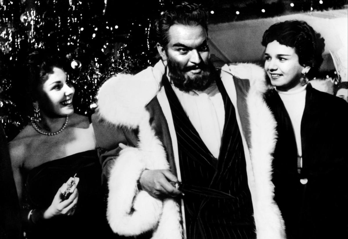 Уэллс в образе Санта-Клауса. Кадр из фильма «Мистер Аркадин»