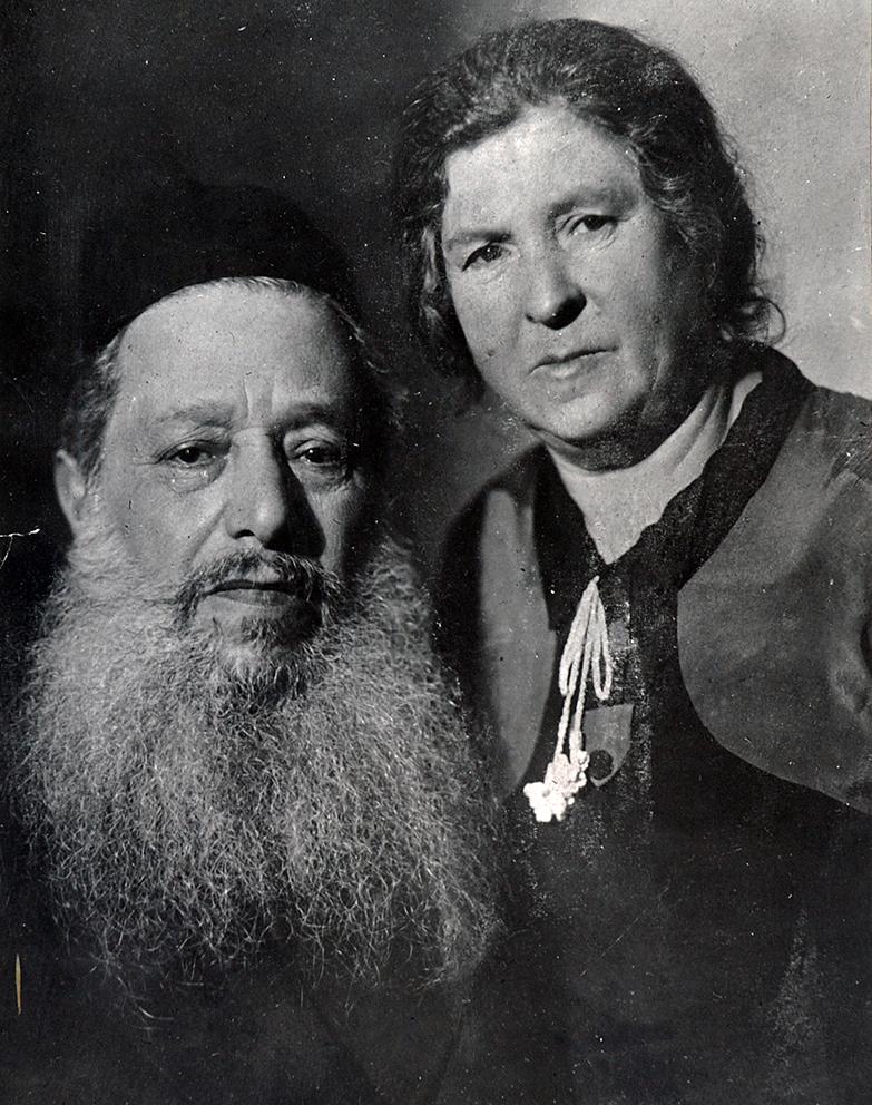 Мендель Волосов с женой Ребеккой